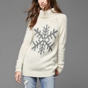 GAP Chunky Knit Snowflake Turtleneck Wool Sweater